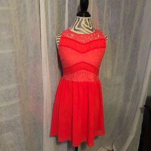 Gorgeous coral colored dress!! Size L!